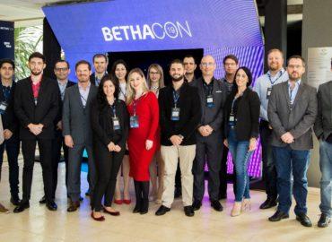 Bethacon, maior evento Privado de Prefeituras do Brasil, destaca o novo sistema Controle de Caixa Cloud da Delta.